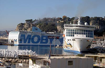 MOBY - 5